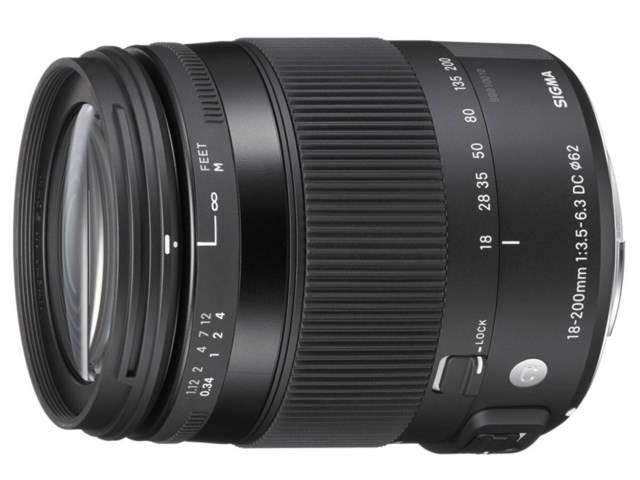 Sigma 18-200mm f/3,5-6,3 DC Macro OS HSM Contemporary