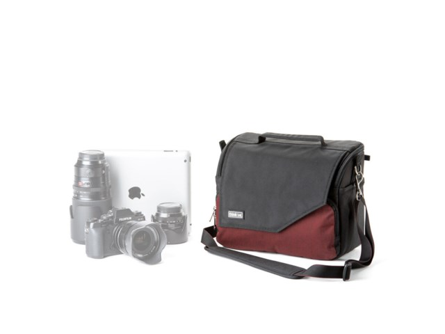 Think Tank Kamerataske Mirrorless Mover 30i deep red