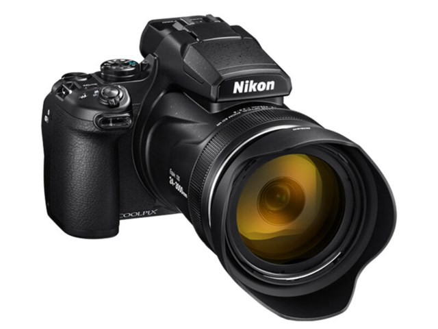 Nikon Coolpix P1000 sort