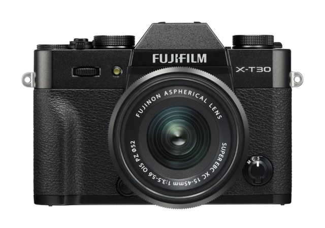 Fujifilm X-T30 sort + XC 15-45mm f/3,5-5,6 OIS PZ
