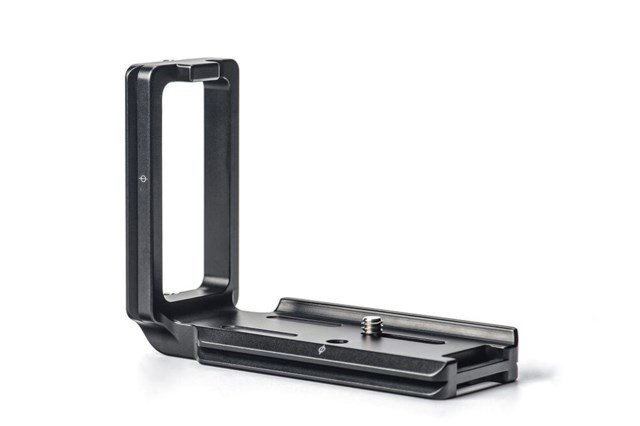 Sunwayfoto Custom L-bracket for Sony a7III/α7RII/α7RIII/A9