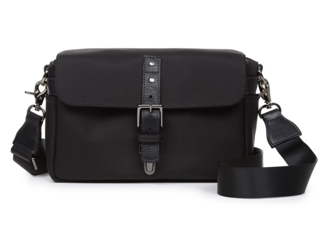 ONA Kameraväska Bowery Messenger Bag (Black Nylon)